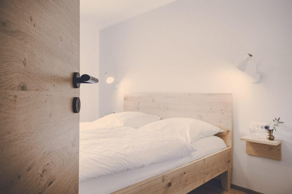Der Lederer Hof Tegernsee - Schlafzimmer im 2-Zimmer-Apartment