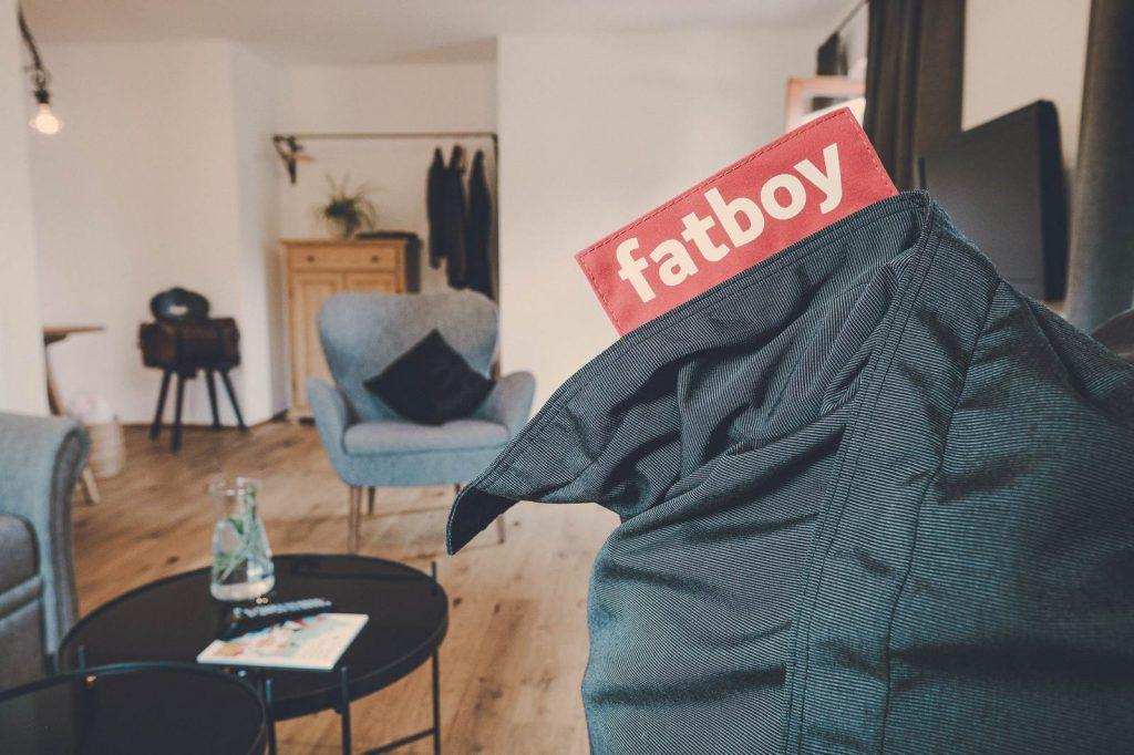 Der Lederer Hof Tegernsee - Fatboy Sitzsack in den 2-Zimmer-Apartments