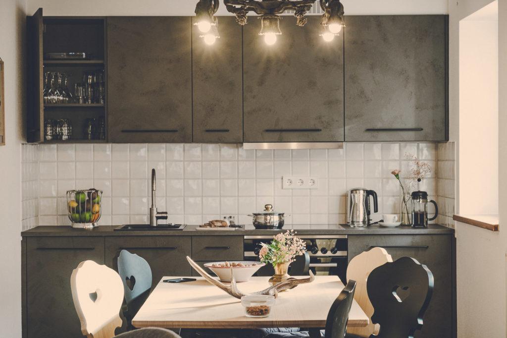 Der Lederer Hof Tegernsee - Küche im Platzhirsch