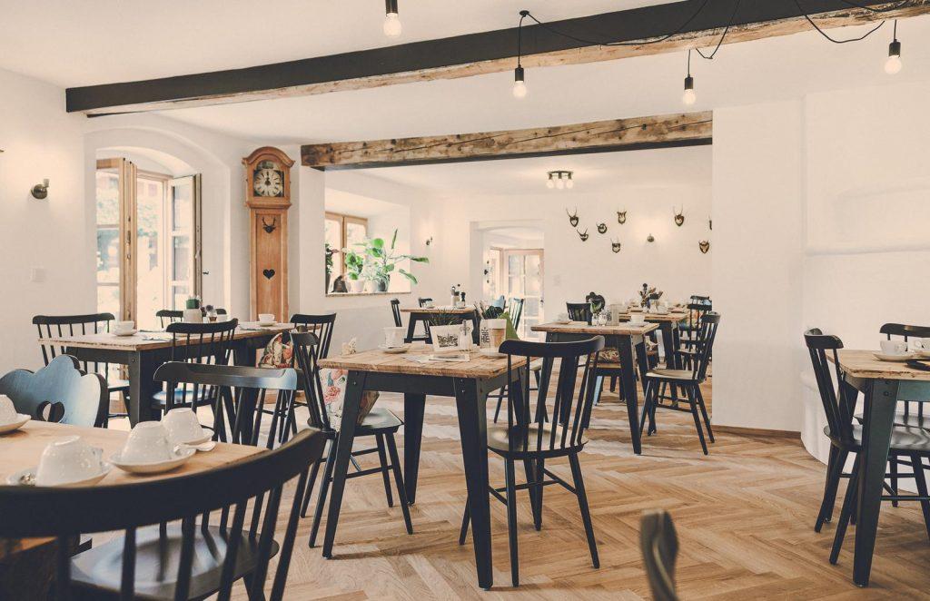 Der Lederer Hof Tegernsee - Der Frühstücksraum 2